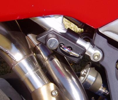 The Easy Helmet Lock For The Mv Agusta F4 750 1000cc From